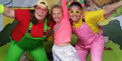 In de binnentuin is tijdens vakantieperioden om 19.00 uur kindertheater voor de jongste vakantiegasten van de Kienehoef